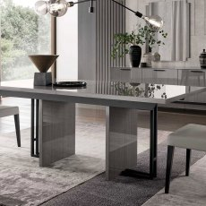 Saint-Tropez 160cm Extending Dining Table